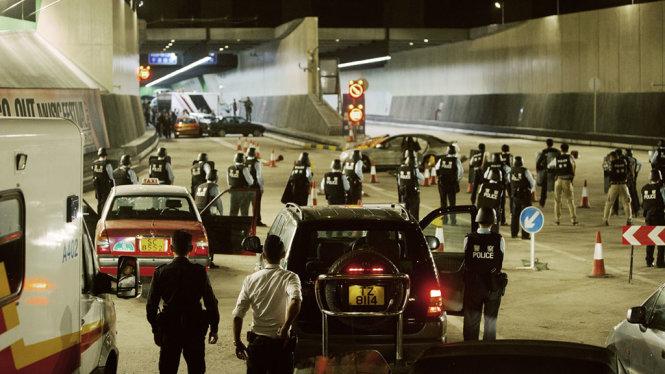 Đoàn làm phim tốn hơn 2 tháng, bỏ ra 180 triệu HK$ xây dựng đường hầm xuyên vịnh Victoria trong phim với tỷ lệ 1:1 - Ảnh: CUP